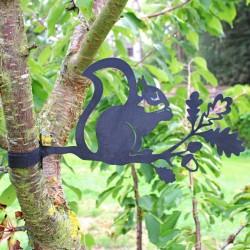 Suspension jardin - Ecureuil