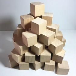 48 cubes en bois