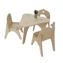 1 table et 3 chaises